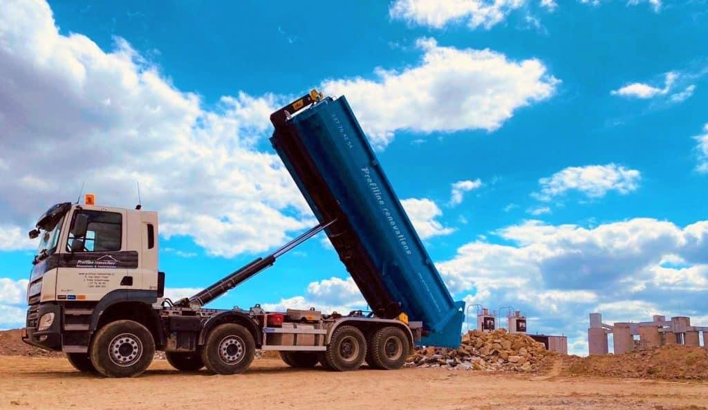 Illustration d'un camion benne profiline.